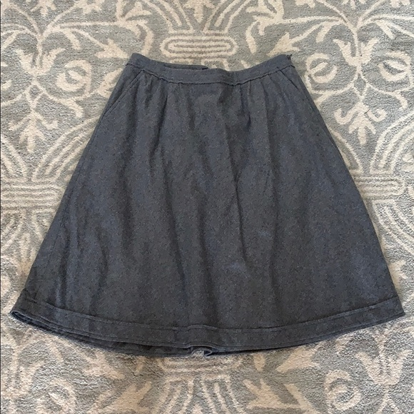 Banana Republic Dresses & Skirts - Banana republic wool skirt size 10